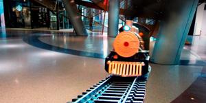 Железная дорога и поезд.    Открываем игрушки для мальчиков.